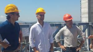 il sindaco Gnassi, l'assessore Sadegholvaad e il direttore lavori Cefalo