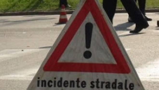 Incidente stradale sulla variante, ferito un centauro