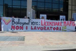 protesta fiera bologna