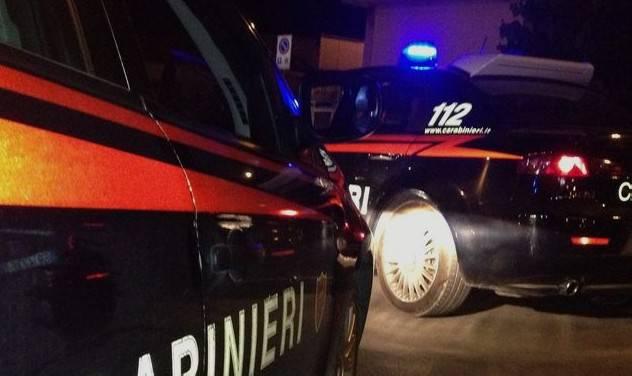 Crea disordini in un bar e aggredisce i Carabinieri, arrestato