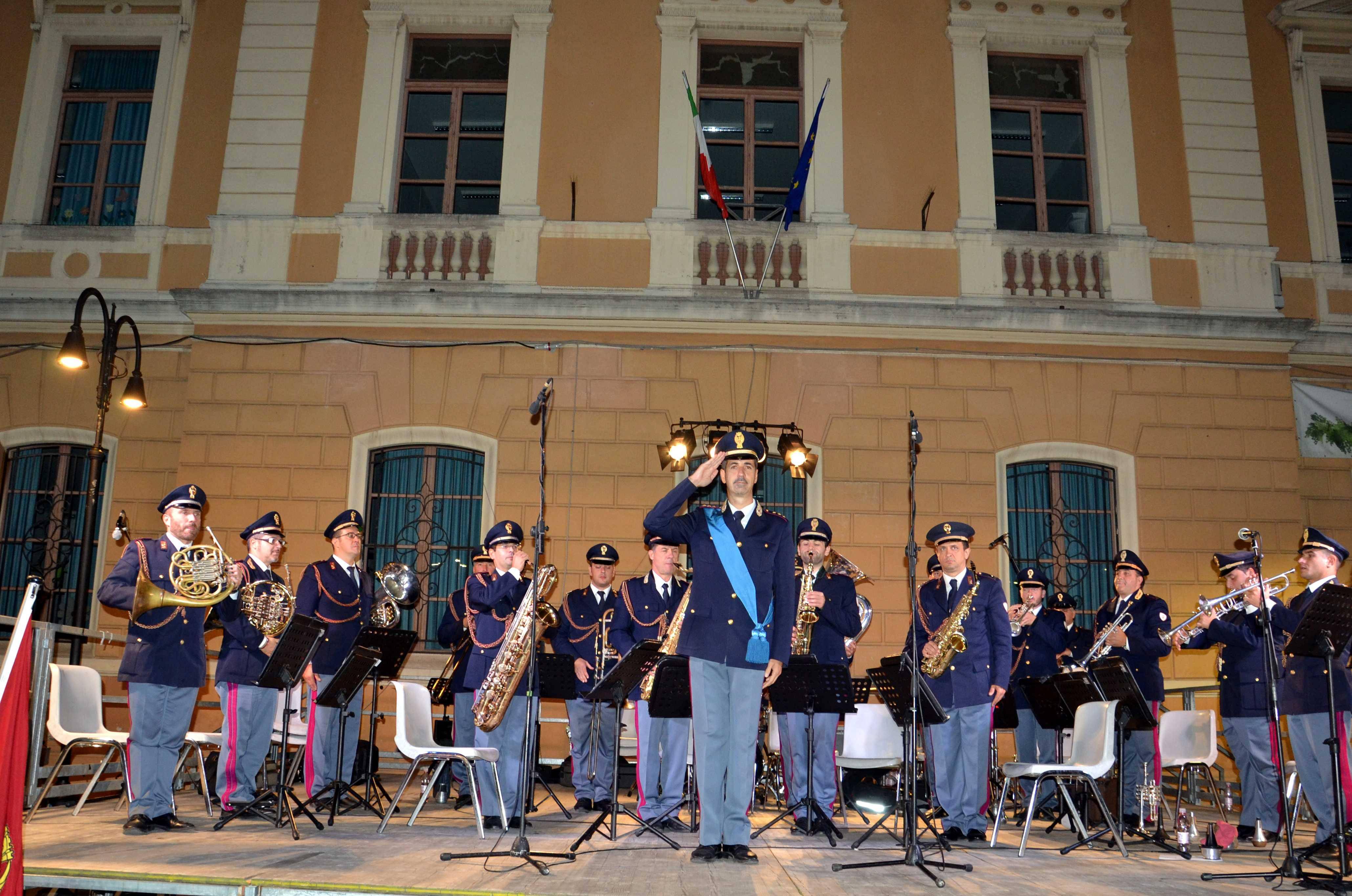 La Polizia di Stato celebra il patrono San Michele con la Banda a Santarcangelo