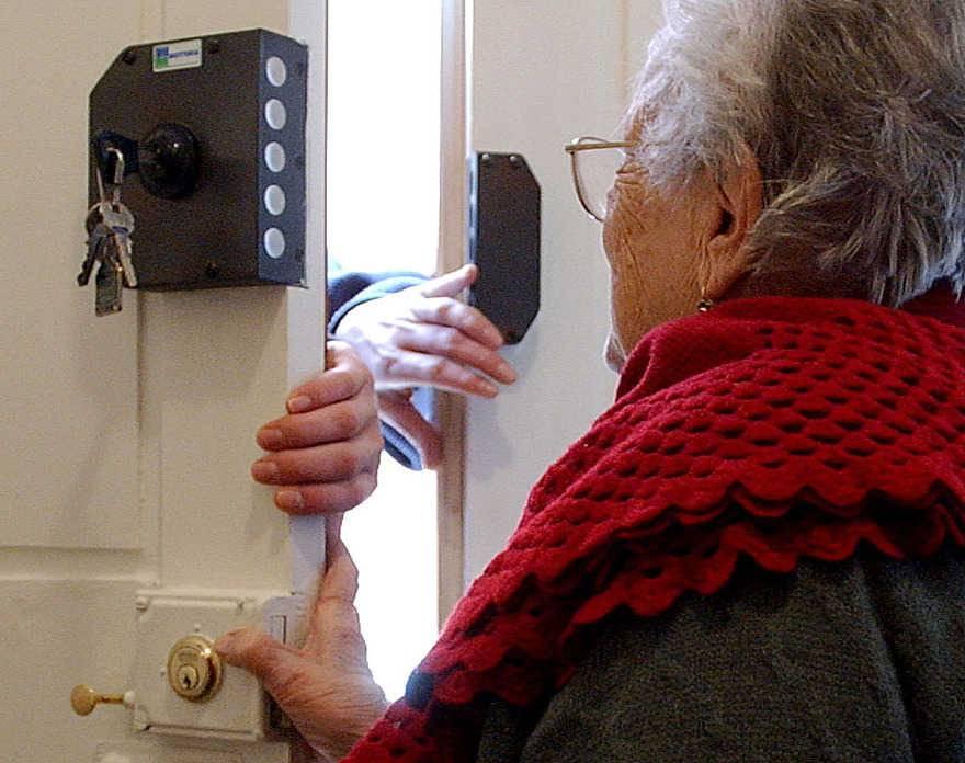 truffe a danno degli anziani