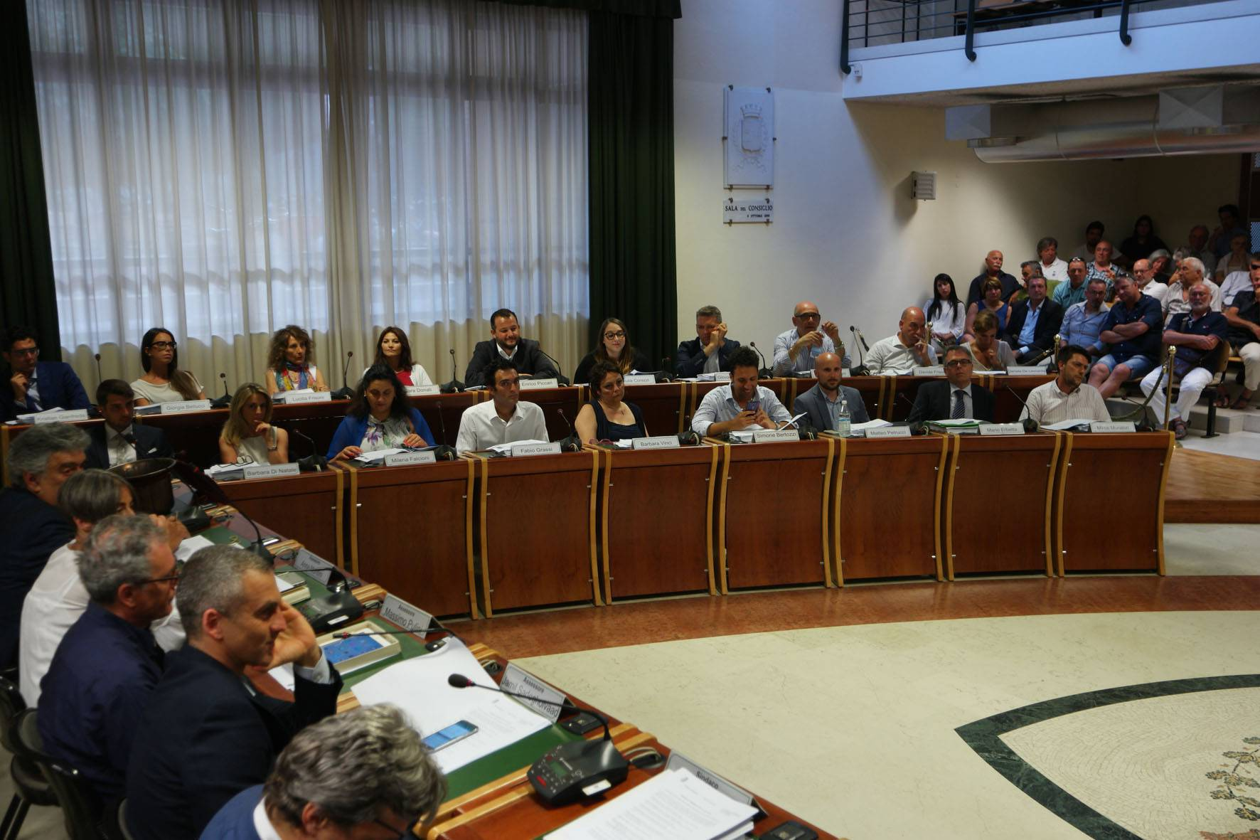Oggi si riunisce il Consiglio Comunale. Dirette sospese per par condicio