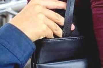 furto portafogli bus rimini