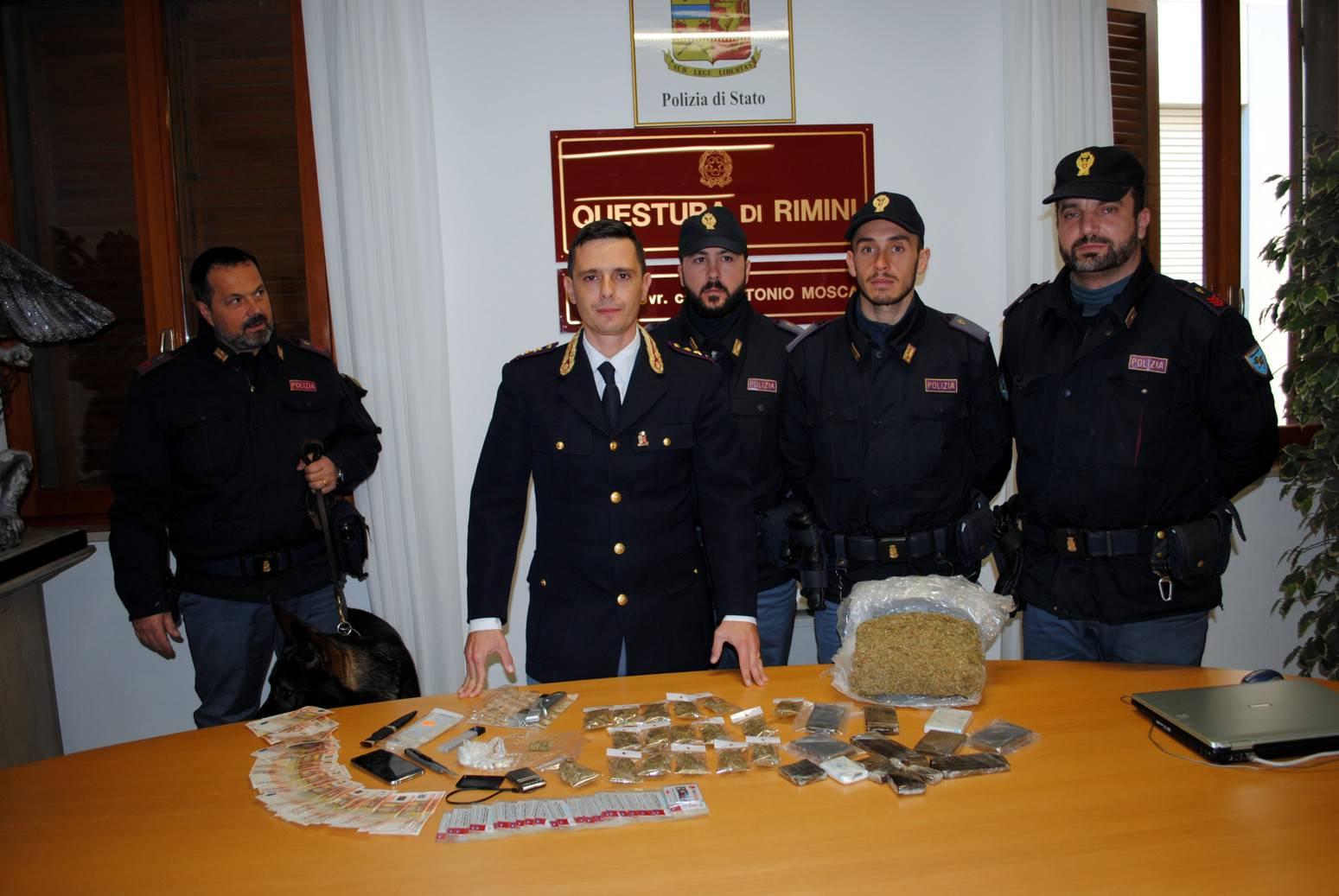 Controlli di Polizia. Sequestro da 50.000 euro grazie a cane antidroga