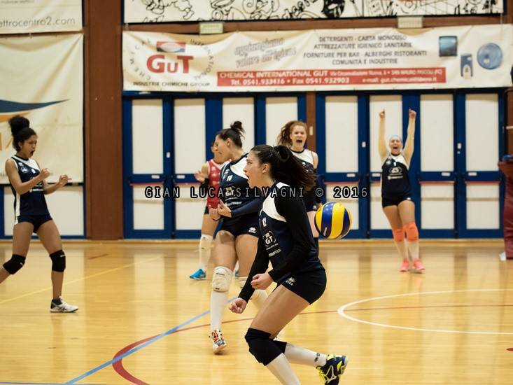 Volley C femminile. PGS Bellaria Pizzeria Tomi-Gut Chemical Bellaria 1-3