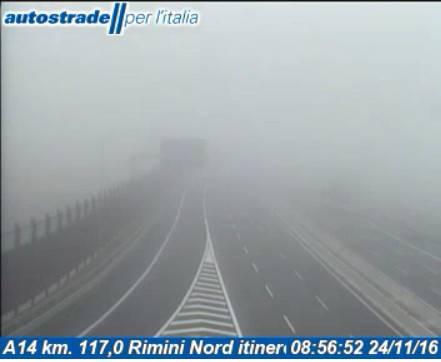 Sul riminese torna la nebbia ma temperature ancora miti