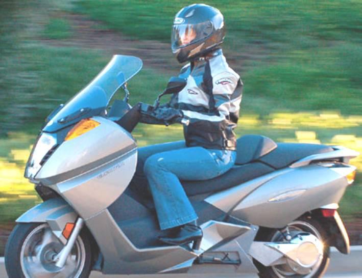 Per una guida sicura e consapevole delle due ruote a motore