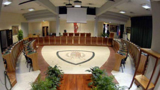 Oggi si riunisce il Consiglio. Diretta su Icaro 211