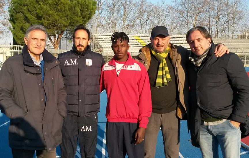 Il Rimini F. C. rende noto di aver raggiunto oggi l'accordo con il giocatore, classe '97, Abdoul Razack Guiebre. L'esterno sinistro, originario del Burkina Faso, nella prima parte di stagione ha militato nell'Old Meldola.
