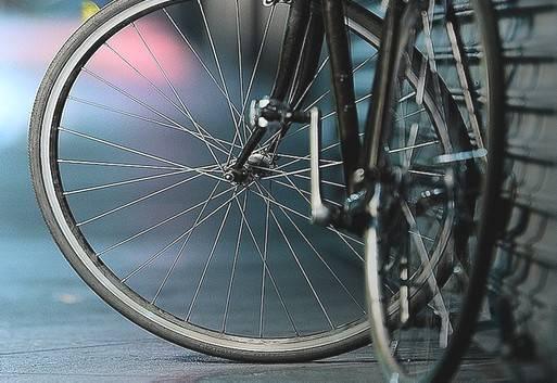 1Entra in albergo e ruba una bici, intercettato sulla ciclabile