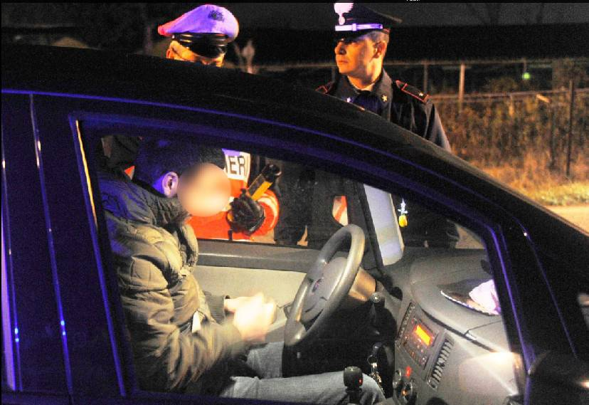 Controlli dei Carabinieri. Identificate 123 persone, due arresti