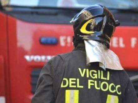 Incidente in A14: camion in fiamme, traffico e code verso Ancona