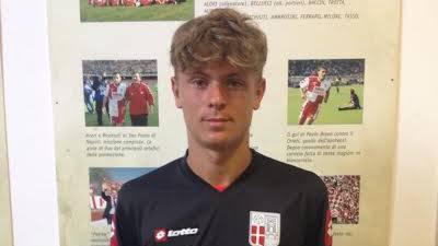 Matteo Sapucci con la maglia del Rimini