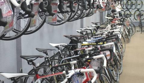 Furto a Idea Ruote di Santarcangelo. Rubate bici per 14.000 €