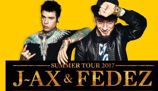 Fedez e J-Ax annunciano data estiva a Rimini