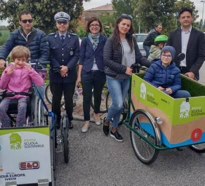 Parte il bicibus alla scuola Flavia Casadei di Viserba
