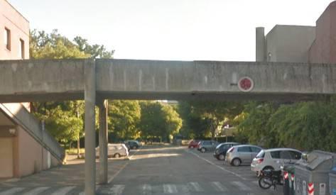 Chiuso parcheggio sotto ponte ex cinema Astoria in attesa di verifiche