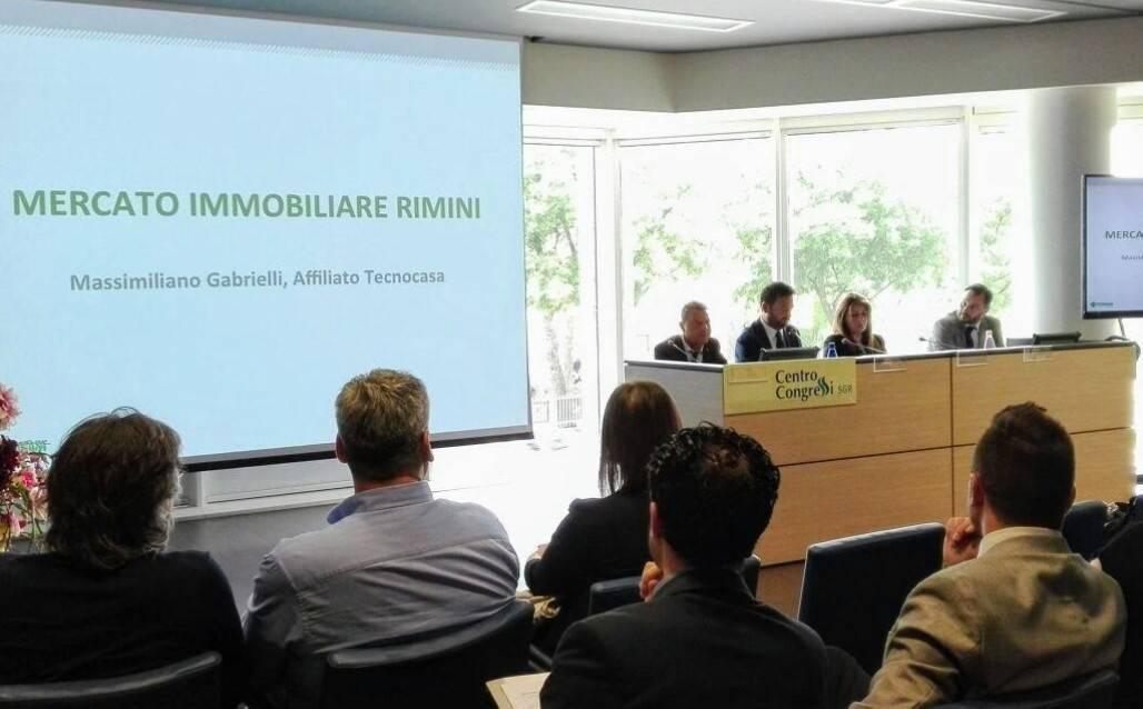 Rapporto Immobiliare Tecnocasa: mercato dinamico con quotazioni in calo