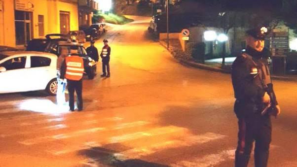 Ubriaco minaccia di morte i Carabinieri. In casa un arsenale