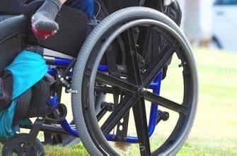Tagli ai centri estivi per disabili. Per i sindacati