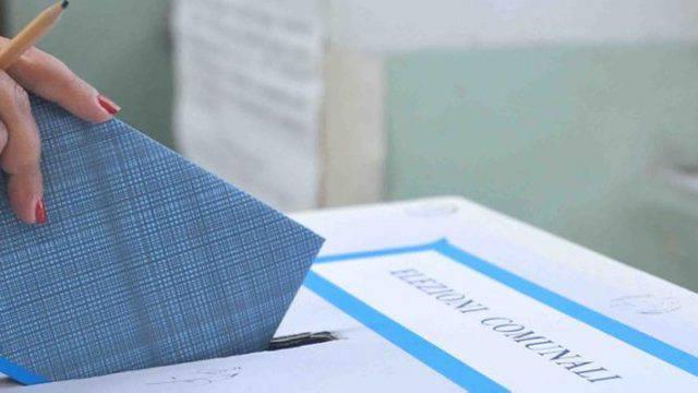 Domenica alle urne dalle 7 alle 23. Le modalità di voto