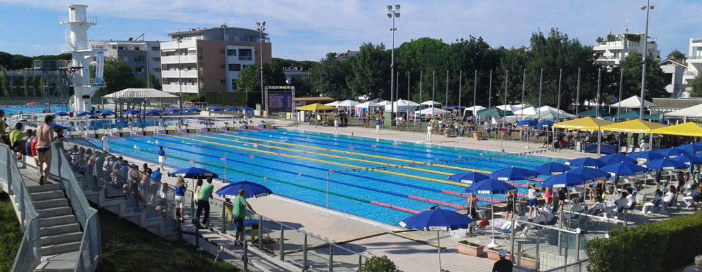 Allo stadio del nuoto di riccione arrivano gli atleti dei campionati italiani master fin - Piscina di riccione ...