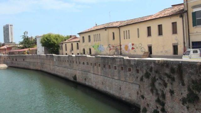 Comitato difesa Ponte di Tiberio: il bar Tricheco e altri corto circuiti
