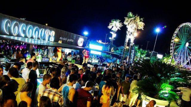 Giovedì sera la festa biancorossa al Coconuts