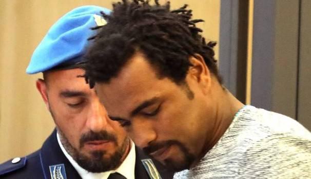 Stalking e acido, Tavares condannato a 15 anni