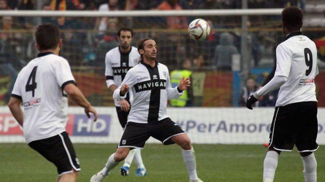 Crocefisso Miglietta con la maglia del Parma