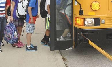 Uso autonomo del trasporto scolastico per under 14, disponibili i moduli