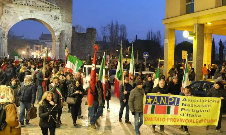Giovedì un presidio antifascista in piazza Tre Martiri