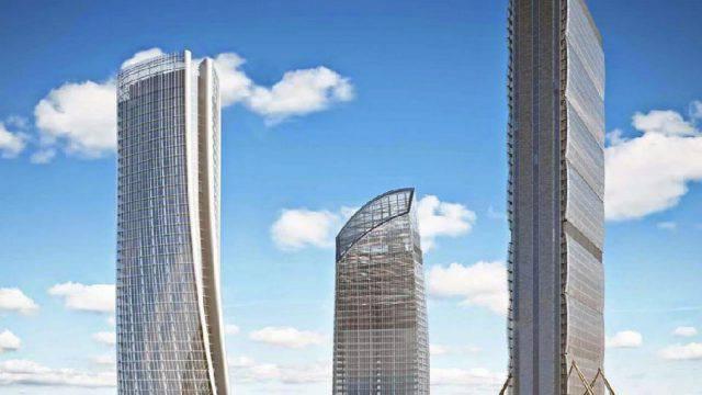 Alla Focchi l'involucro della Torre Libeskind a CityLife