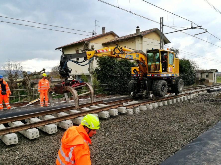 Lavori sulla rete ferroviaria: sabato e domenica treni limitati in Romagna