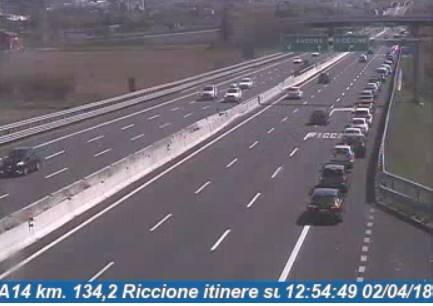 La Pasquetta in Riviera. Code ai caselli di Rimini e Riccione