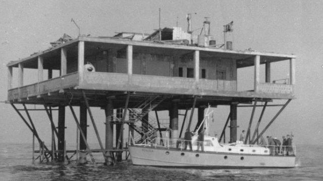 L'utopia al largo di Rimini. 50 anni fa nasceva l'Isola delle Rose