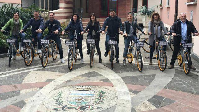 Anche Riccione adotta il sistema oBike. 300 bici a disposizione