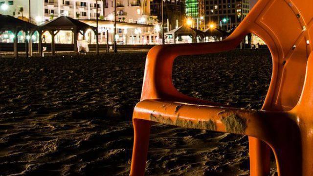 Lega Nord su nuovi pali illuminazione in spiaggia e rischio elettrosmog