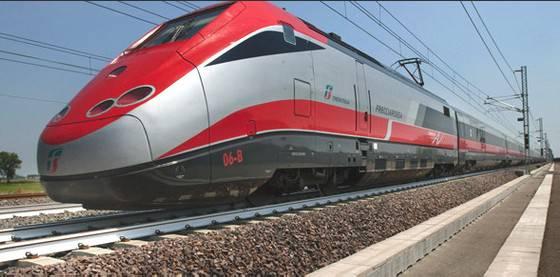 Riccione in treno, prenotabile anche secondo Frecciarossa. +391% per il sito