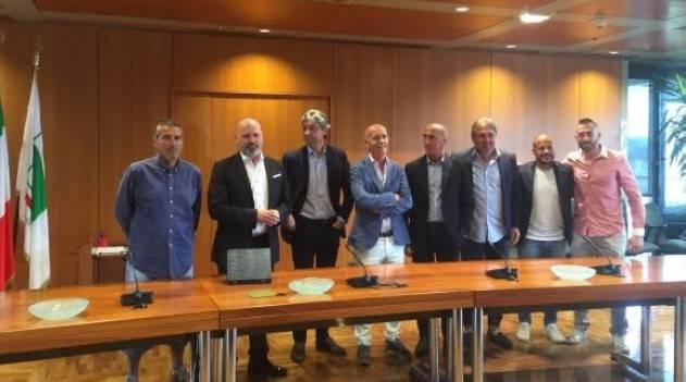 Il Rimini FC premiato in Regione dal presidente Bonaccini