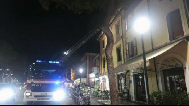 Incendio al ristorante, si lavora per riapertura