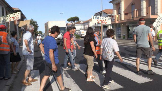 A Santa Giustina continuano le proteste per la viabilità