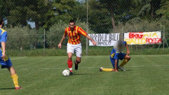 Denis De Paoli in azione con la maglia del Corpolò