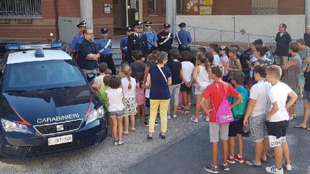 Al Crocifisso i ragazzi incontrano i Carabinieri