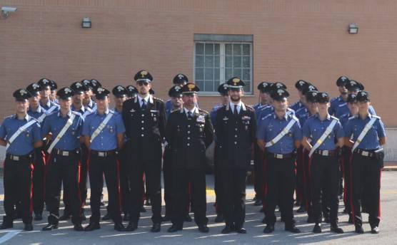 Al completo i rinforzi dei Carabinieri. Nuova insegna al Comando