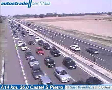 Traffico in A14. Code da Bologna verso la Romagna