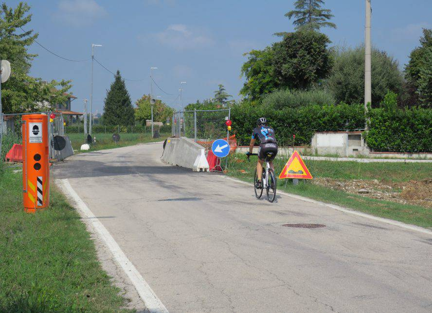 Rifacimento ponticello, chiuso un tratto di via Savina a San Martino dei Mulini