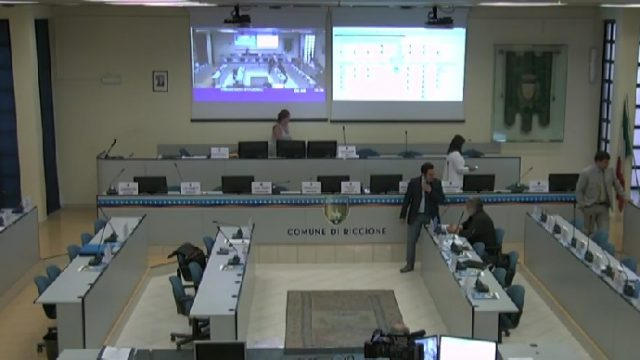 Questa sera a Riccione si riunisce il Consiglio. Diretta su Radio Icaro