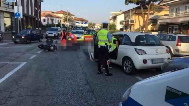 Auto contro scooter, questa mattina code sull'Adriatica a Riccione